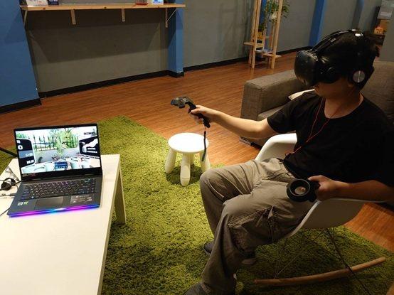 「田園教練」虛擬實境的操作示範。 長庚大學/提供