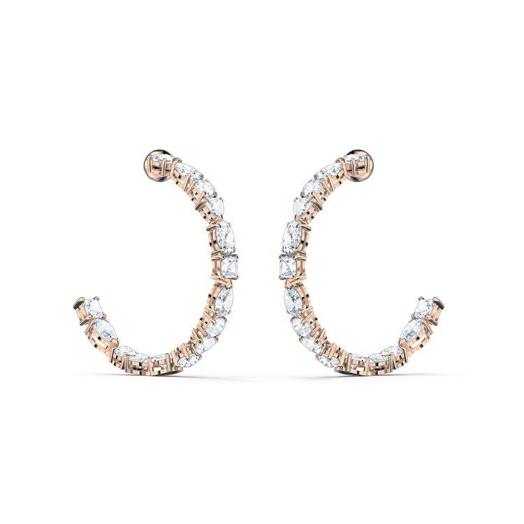 TENNIS DELUXE穿孔耳環,5,990元。圖/施華洛世奇提供