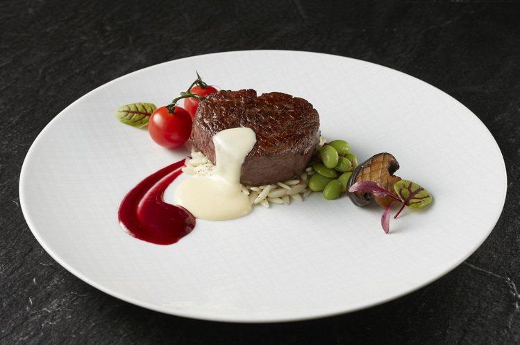 THE WANG推出新主餐「熔岩起司菲力」,單人套餐每套3,580元。圖/王品提...