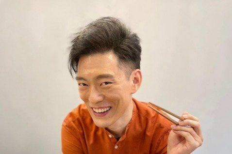 以美國料理節目「廚神當道」一炮而紅的華裔廚師王凱傑Jason  Wang今舉辦餐敘,他為料理節目在台停留5個月,也趁空檔尋找美味食材,在走訪美食的期間,一家「台麵」成為他的必訪餐廳,他也因此與老闆結...