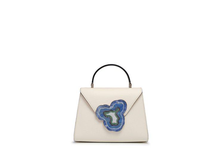 FUSE大理石釦環,18萬5,980元。圖/ART HAUS提供
