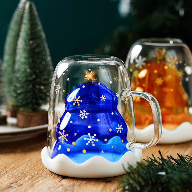 北歐耶誕雙層防燙杯,生活市集活動特價271元。圖/生活市集提供