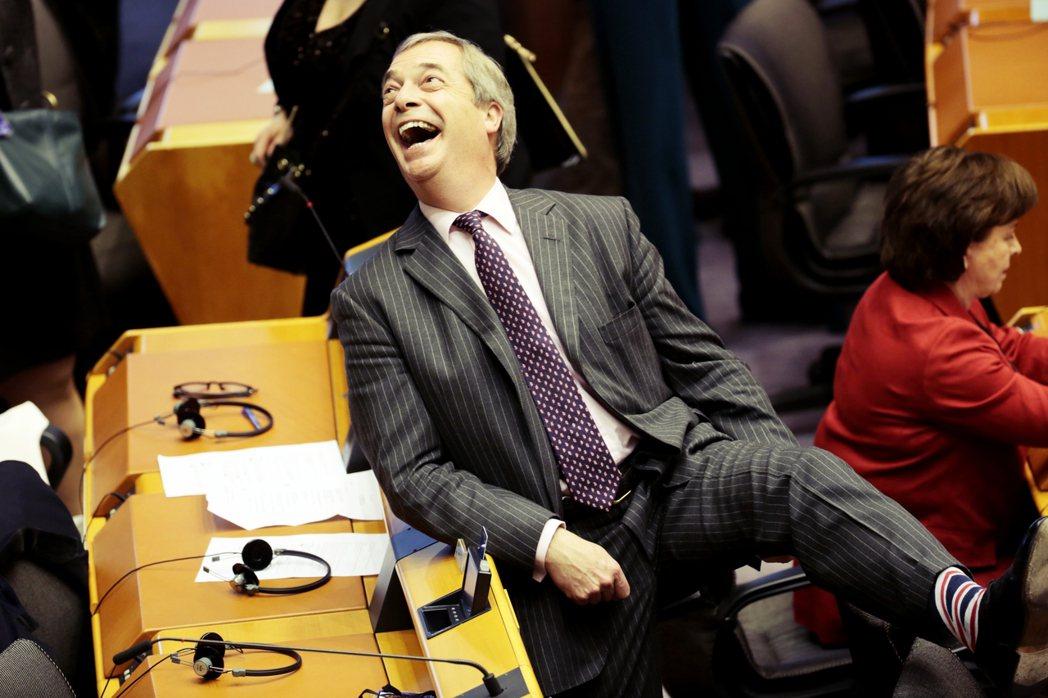 分手歐盟成定局後,隨著「脫歐黨」的煙消雲散,昔日的脫歐戰將法拉吉(Nigel F...