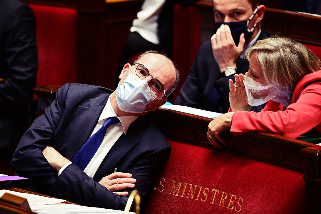 政府的二號人物——法國總理卡斯泰(Jean Castex)——也立即取消所有對外...