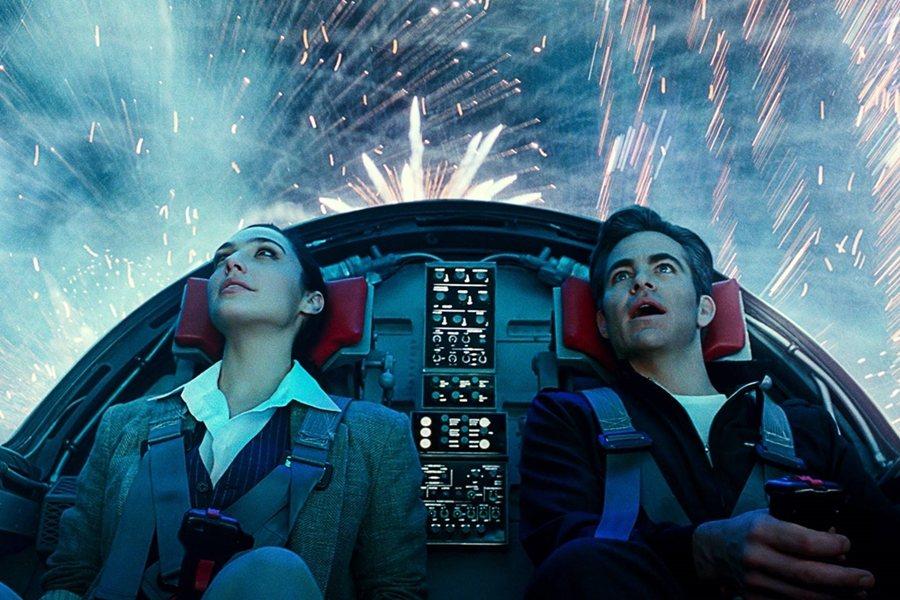 《神力女超人1984》劇照。 圖/華納兄弟