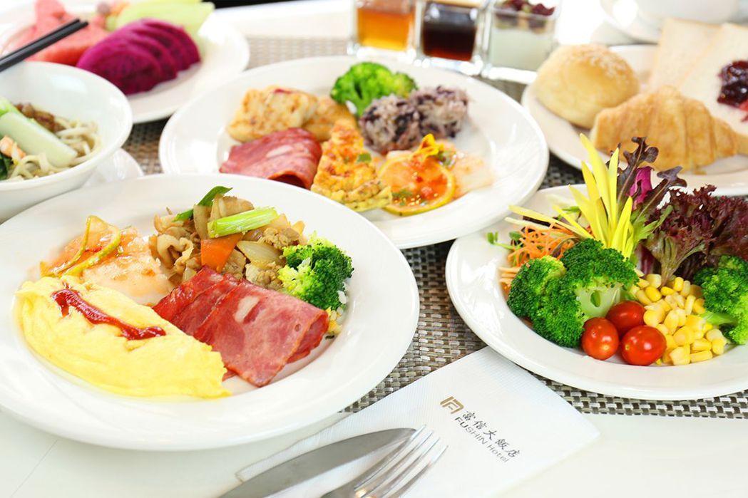 附自助式早餐。  台南富信大飯店/提供
