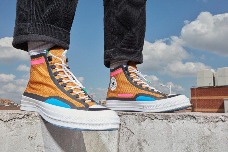 Converse曝光2021春季新鞋款,在經典 Chuck Taylor 的基礎上重新演繹。圖/Converse提供