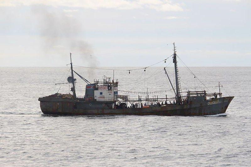 图为北韩渔船。(美联社)(photo:UDN)