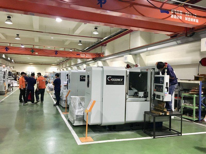 機械產業景氣逐步復甦,國內工具機暨零組件大廠第4季以來接單出貨明顯升溫。 (本報系資料庫)