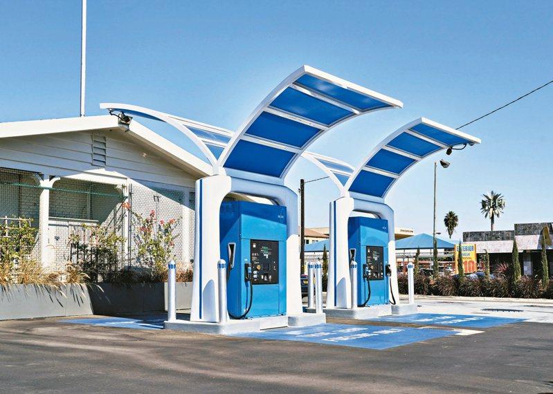 加州芳泉谷市的加氫站。(紐約時報)