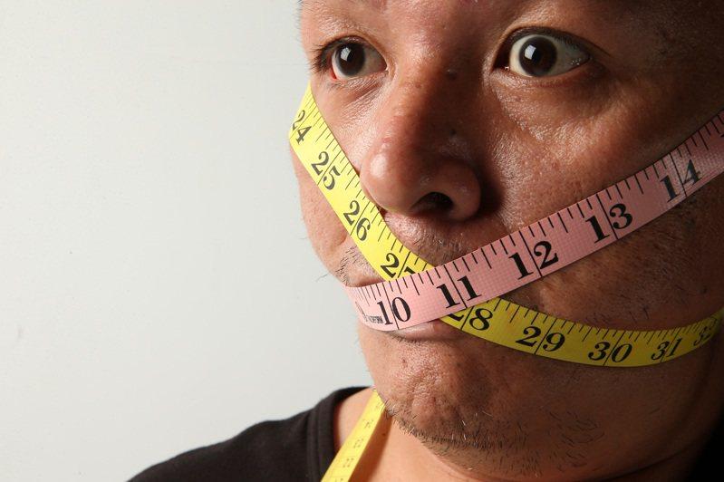 近年168斷食風靡全球,相對其他減重方式,顯得容易執行,營養師提醒,168斷食相對溫和,仍有其問題存在。圖/聯合報系資料照片