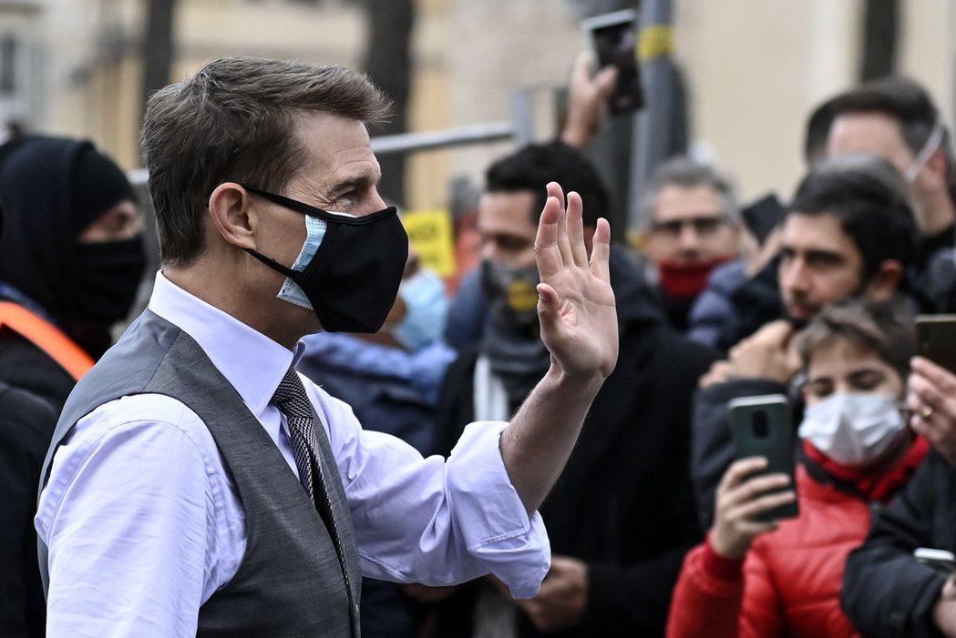 湯姆克魯斯很在意保持防疫安全距離。圖/歐新社資料照片