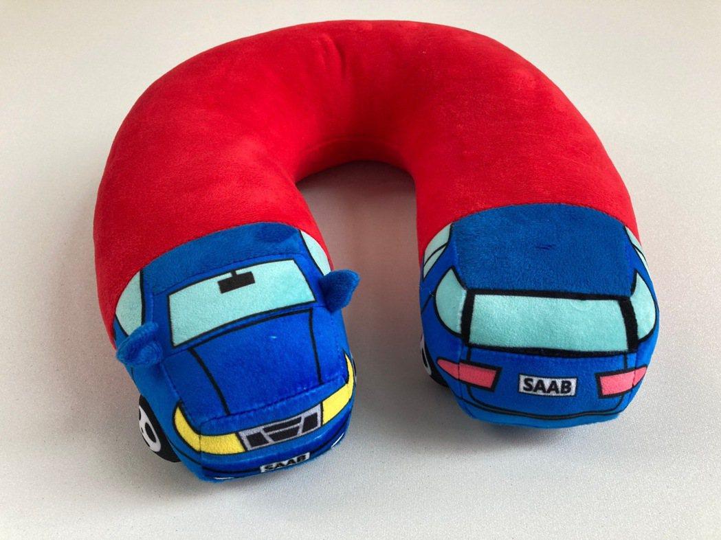 Saab護頸枕。 圖/商富汽車提供