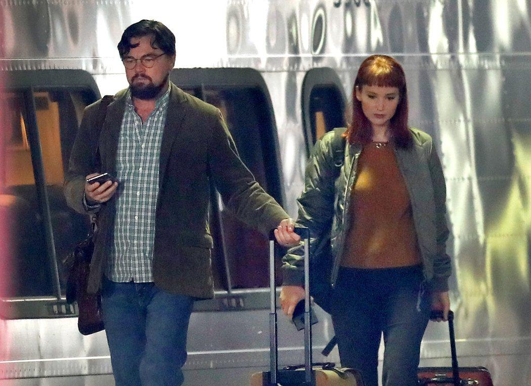 李奧納多狄卡皮歐(左)和珍妮佛勞倫斯合作,被傳在片場常打情罵俏。圖/CFP視覺中