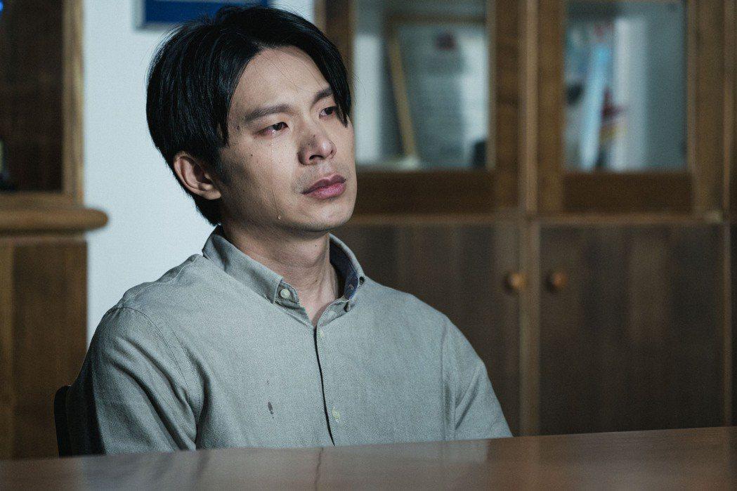 姚淳耀演出「返校」角色充滿層次與對比。圖/公視提供