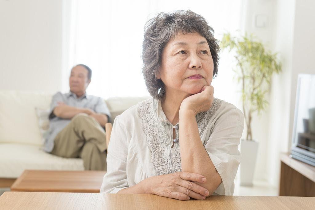 婚姻中必須堅守「夫—妻界線」,必須保有伴侶兩人之間溝通的習慣。 圖/istock
