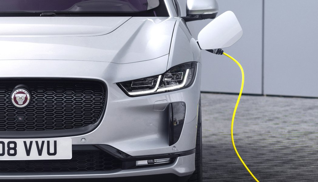 Jaguar在2018年推出了品牌第一款休旅I-Pace。 摘自Jaguar