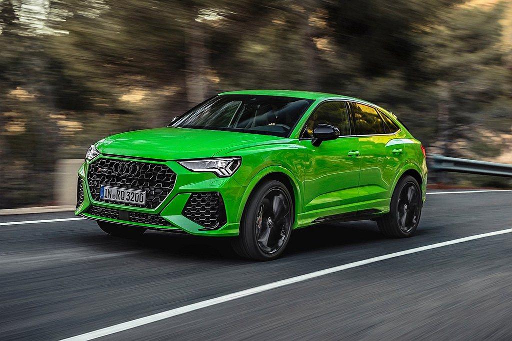 台灣奧迪繼12月初發表全能電旅Audi e-tron之後,接續舉辦「2021 A...