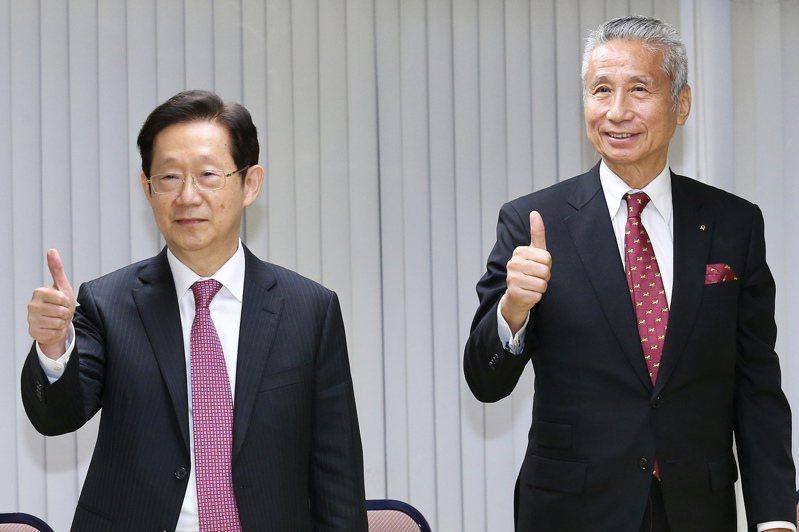 市場常傳林文淵(左)與大股東王光祥(右)不合。 報系資料照/記者林伯東攝影