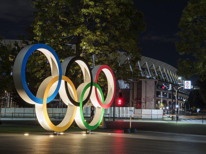 日本政府為了讓明年東京奧運順利舉行,打算在明年年中前讓全民接種新冠疫苗。新華社
