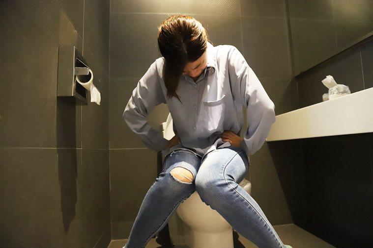 54歲婦人阿蓮每日腹瀉20次找不出病因,求診羅東博愛醫院後,胃腸肝膽科在腸道抓出...
