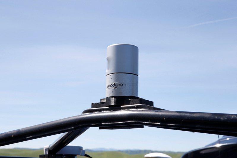 Velodyne的LiDAR掃描儀。路透