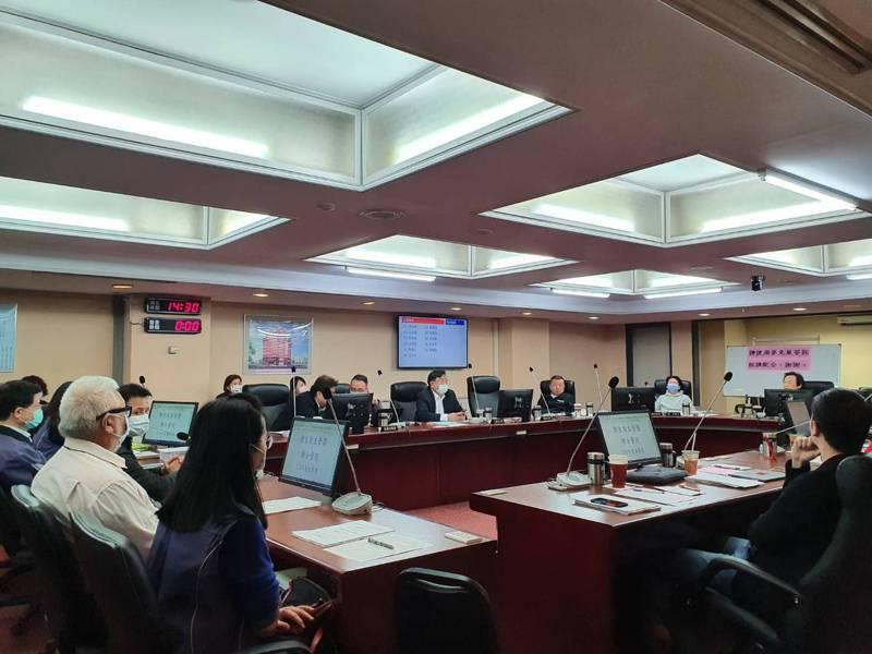 無本土案例破功,台北市議會警衛委員會今討論跨年事宜。記者楊正海/攝影