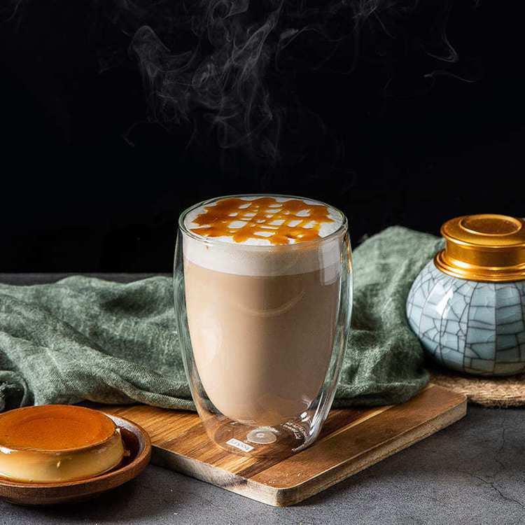 法式烤布蕾鮮奶茶。圖/迪茶提供