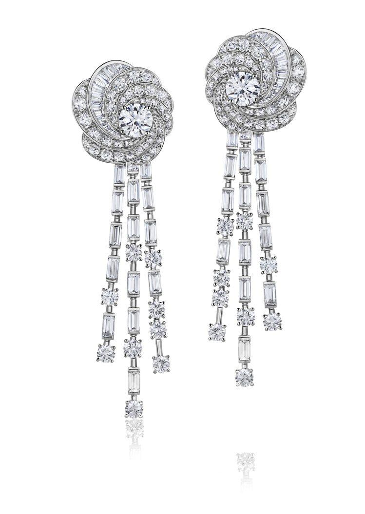 DE BEERS Aria 18K白金高級珠寶鑽石耳環,價格店洽。圖/DE BE...