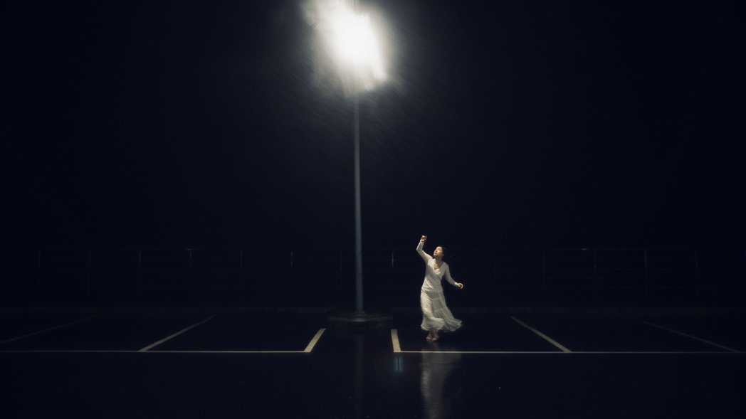 「深白色二人組」,22日推出全新創作單曲「ColdFire」。圖/深白色二人組提...