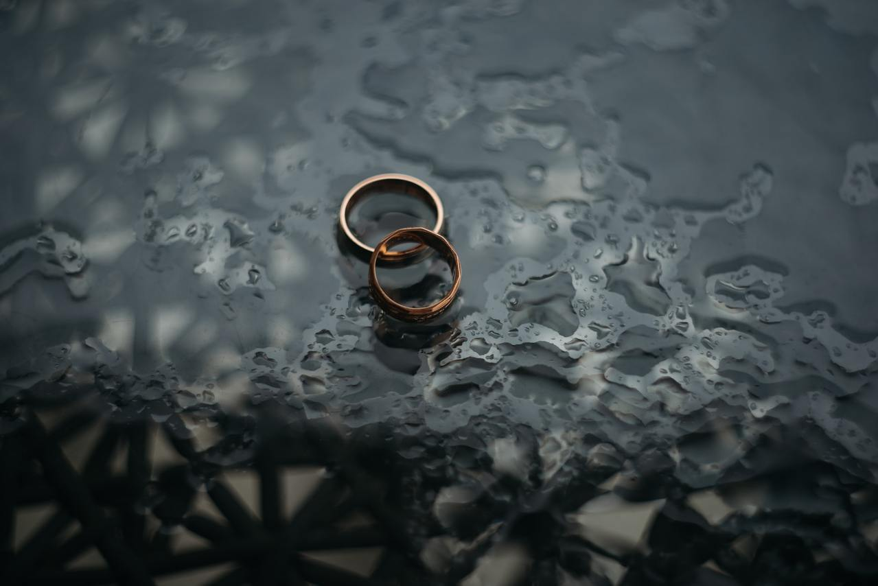 婚姻是一輩子的大事,若雙方不能相互信任尊重,忍無可忍就無需再忍 圖/unspla...