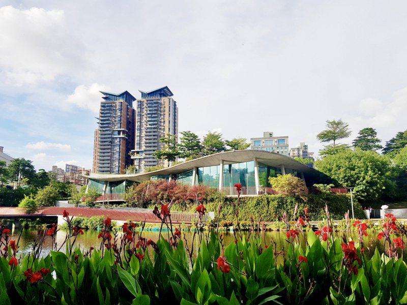 魚可文創團隊計畫將秋紅谷景觀生態公園,打造成為「心之谷教育園區」。記者宋健生/攝影