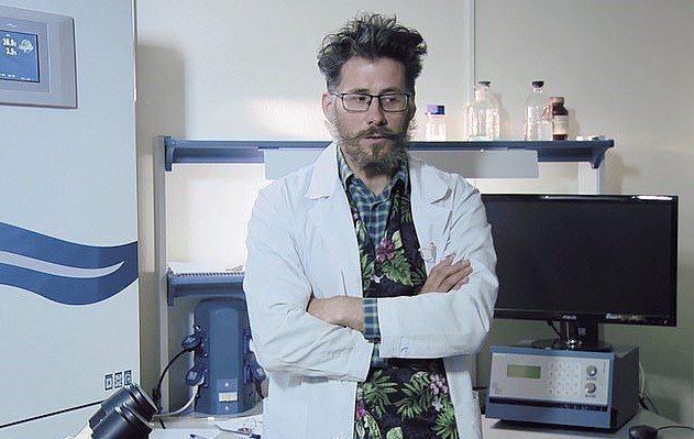 45岁的卡甘斯基以研究癌症着称,近期更担任俄罗斯远东联邦大学的基因组与再生医学中心主任,并参与研发新冠病毒的疫苗。Alexander  Kagansky(photo:UDN)