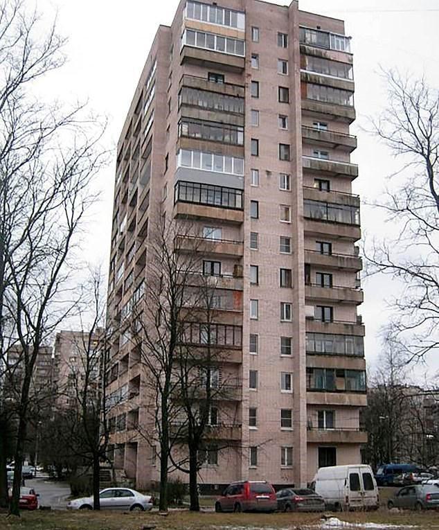 一名参与新冠疫苗研发的俄罗斯科学家卡甘斯基,近日意外从14层楼公寓坠落身亡,身上还发现刺伤且注射过镇静剂,警方怀疑有他杀可能。Prawdom.ru(photo:UDN)