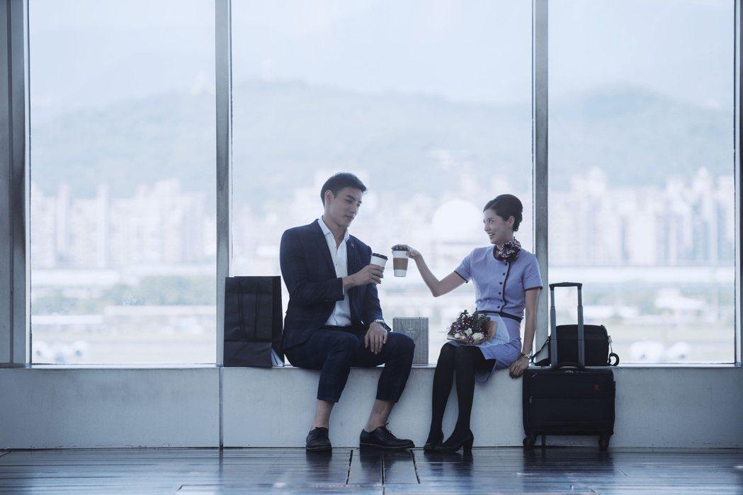 林予晞(右)、黃柏鈞演出「戒指流浪記」。圖/HBO Asia提供