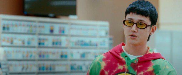 吳慷仁為春節新片「我沒有談的那場戀愛」爆胖。圖/華納兄弟提供