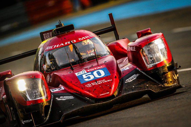 2020年的歐洲利曼系列賽從7至11月的五場賽事中,三位車手與車隊最後皆留下前1...