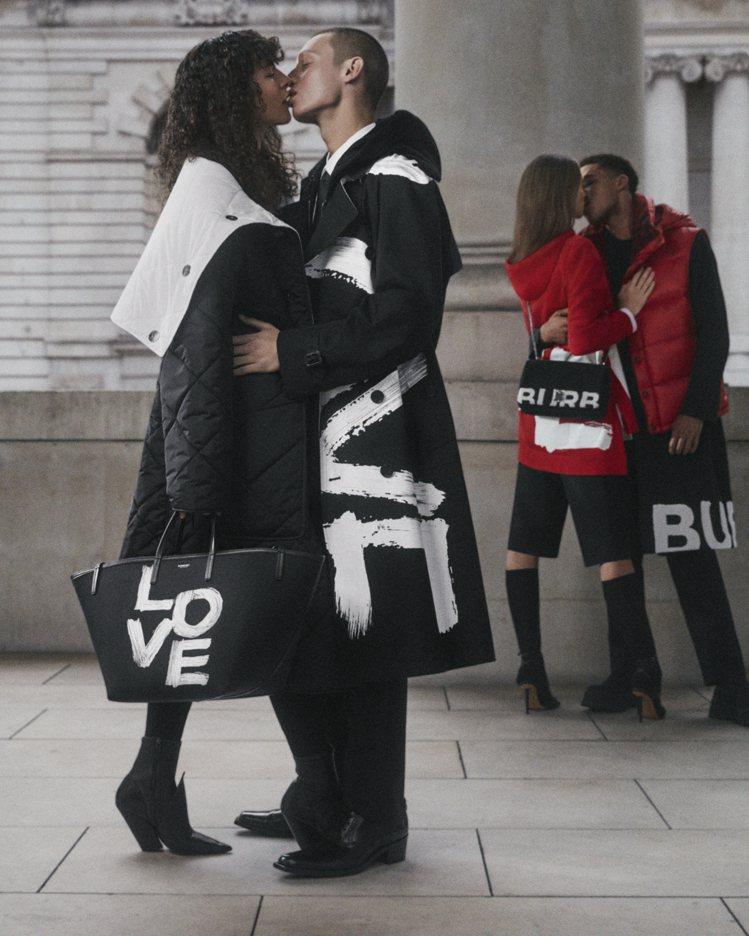BURBERRY發表節慶系列的LOVE塗鴉單品。圖/BURBERRY提供