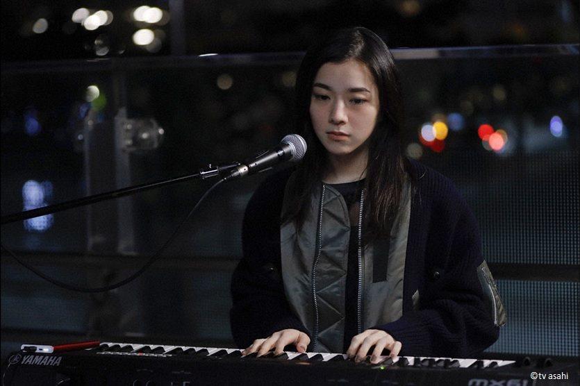 「七秘書」雙主題曲由人氣美女歌手milet包辦。圖/WAKUWAKU JAPAN