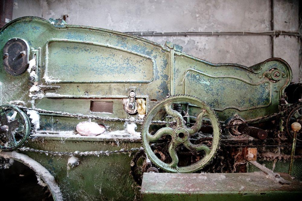 這台絞棉機是民國60年生產,陪伴老字號走過半世紀。 圖/曾信耀 攝影