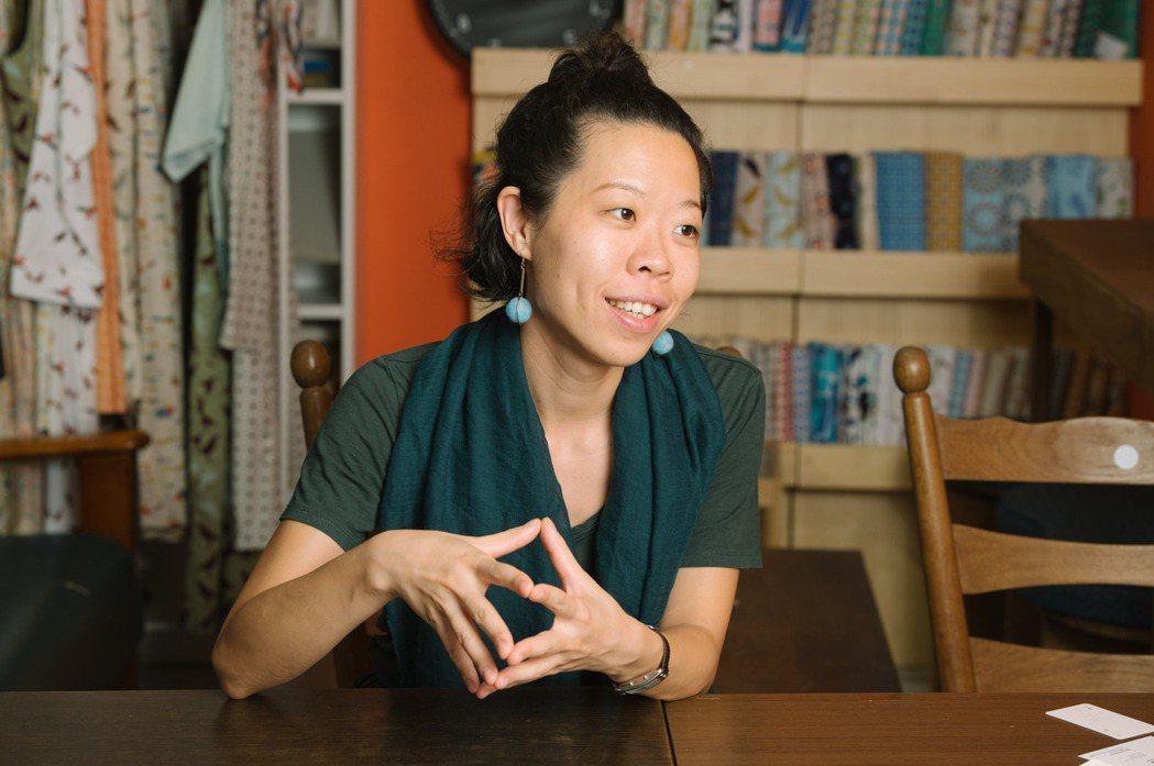 印花樂設計總監沈奕妤說:「上個世代是看到機會創業,我們這個世代是為了解決問題而創...
