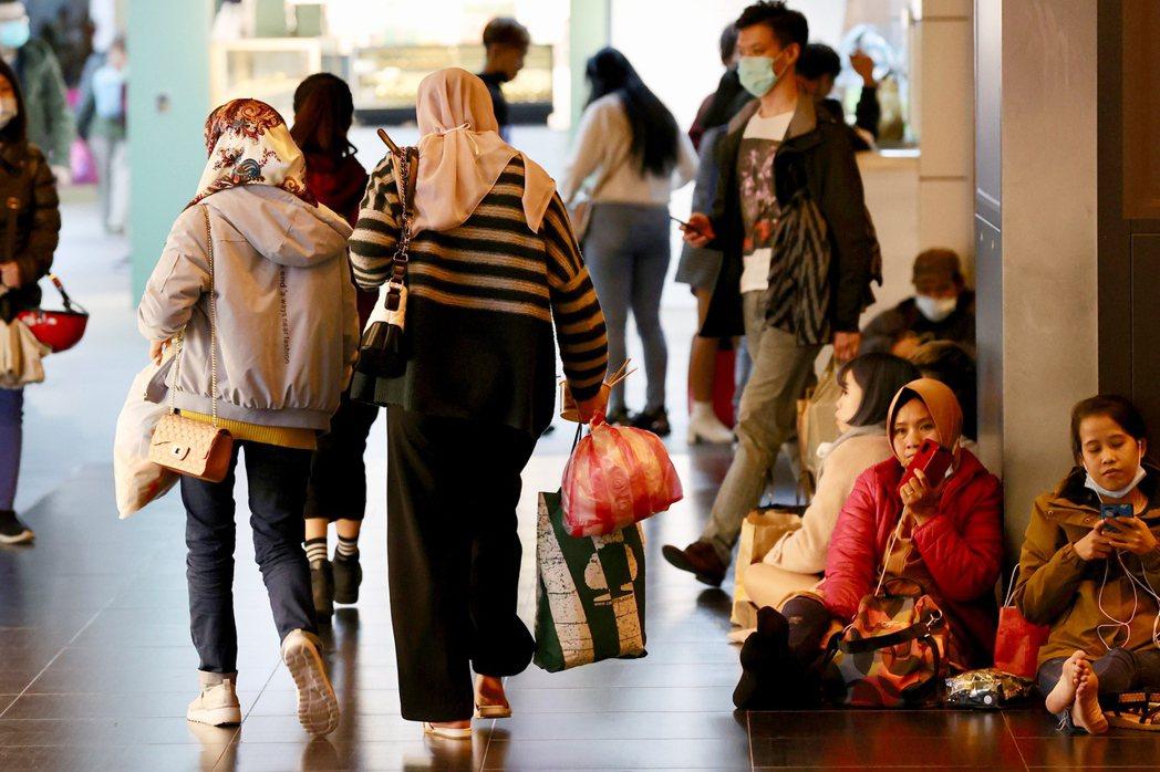 印尼的檢測單位使用的試劑不一定一樣,判讀標準也不同。這可能讓在印尼被判定為陰性的移工,到了台灣卻又因不同標準而被認為是感染者。 圖/聯合報系資料照