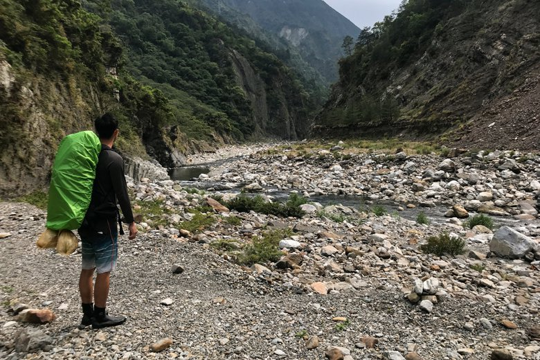 台灣是一座海島國家,山谷溪流眾多,不管夏季或冬季同樣都有野溪遊憩的需求。 圖/作者自攝