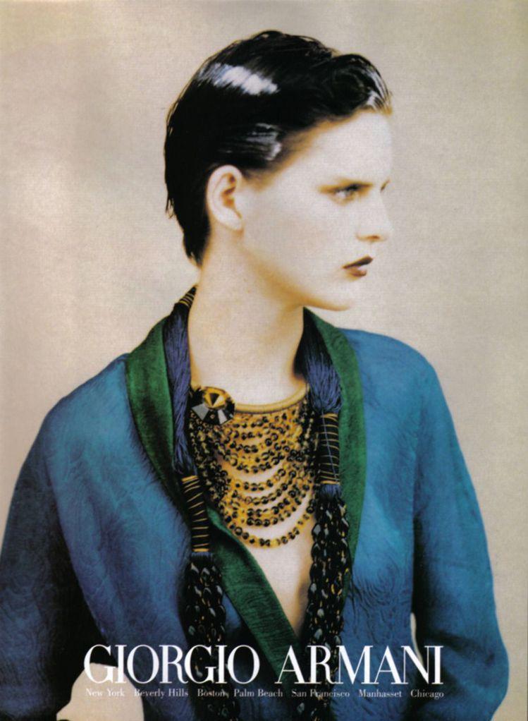 Stella Tennant拍攝的Armani廣告圖/摘自pinterest