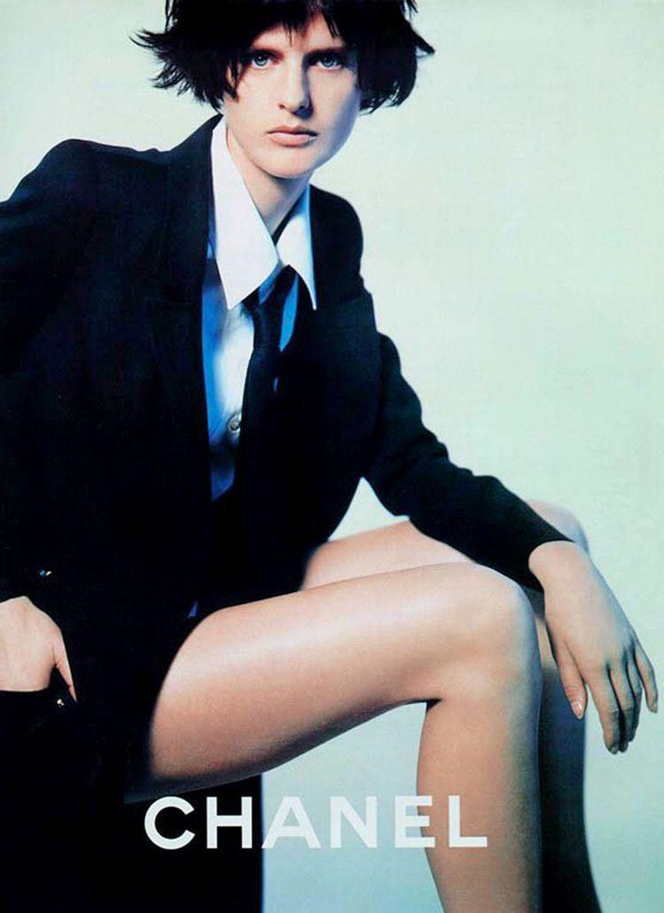 Stella Tennant與香奈兒合作密切。圖/摘自pinterest