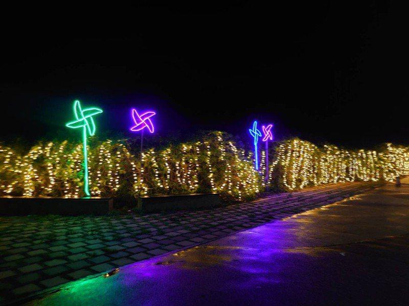 北海岸12處遊憩據點亮起來,光環境璀燦點燈戀戀在冬季。圖/北觀處提供