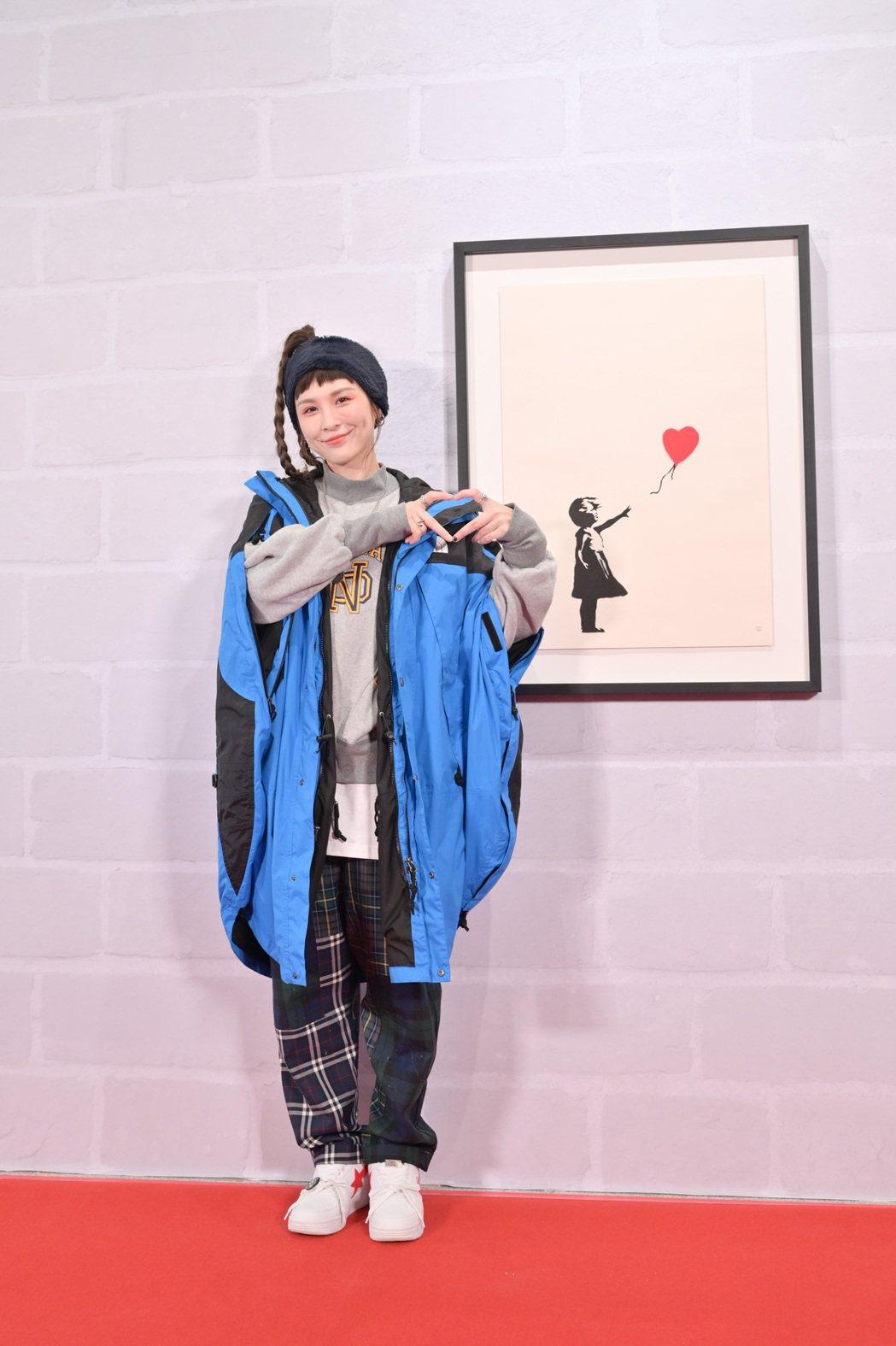 魏如昀搶先朝聖25日正式開展的「I LOVE BANKSY特展」。圖/寬宏藝術提...