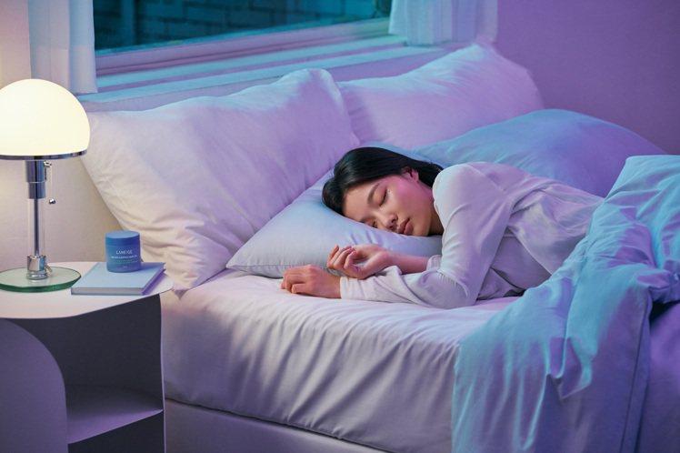 金裕貞越睡越美的秘密曝光。圖/蘭芝提供