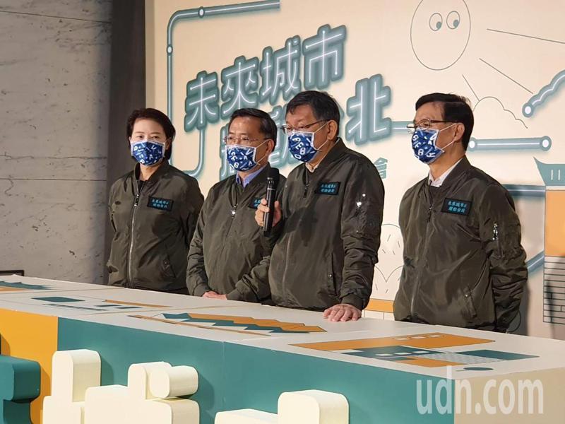 台北市長柯文哲上午在六周年記者會中受訪。記者楊正海/攝影