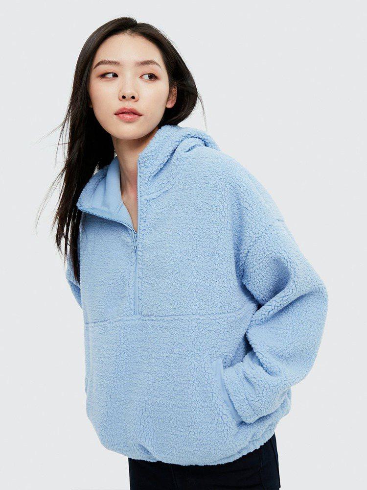 GAP女裝仿羊羔絨外套1,199元。圖/GAP提供